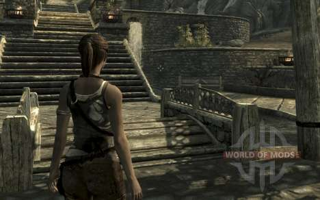 Clothing and weapons of Lara Croft for Skyrim