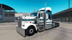 Skin Carlyle on the truck Kenworth W900