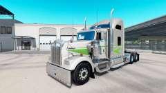 Skin Movin on tractor truck Kenworth W900