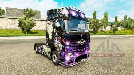 The skin of the Peach Girl on tractor Mercedes-Benz for Euro Truck Simulator 2